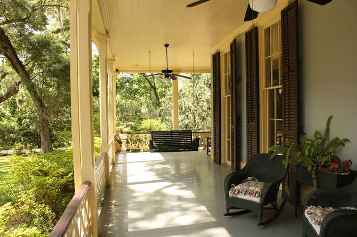 Home exterior porch