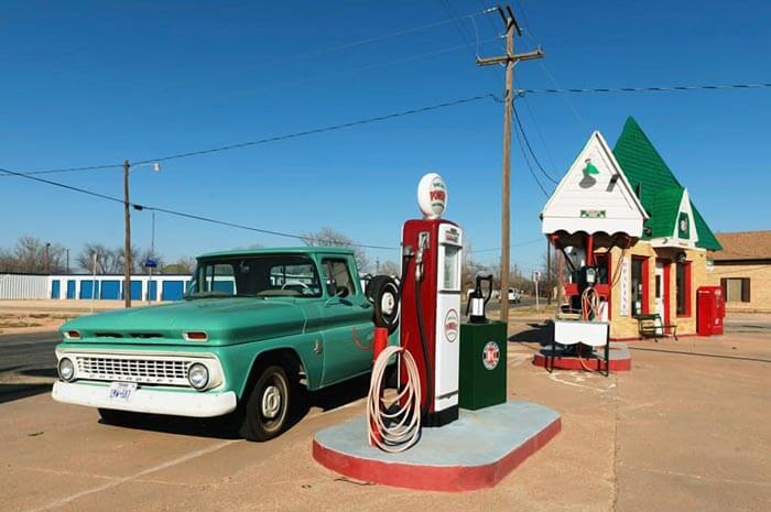 Modern Day Petrol Filling Stations